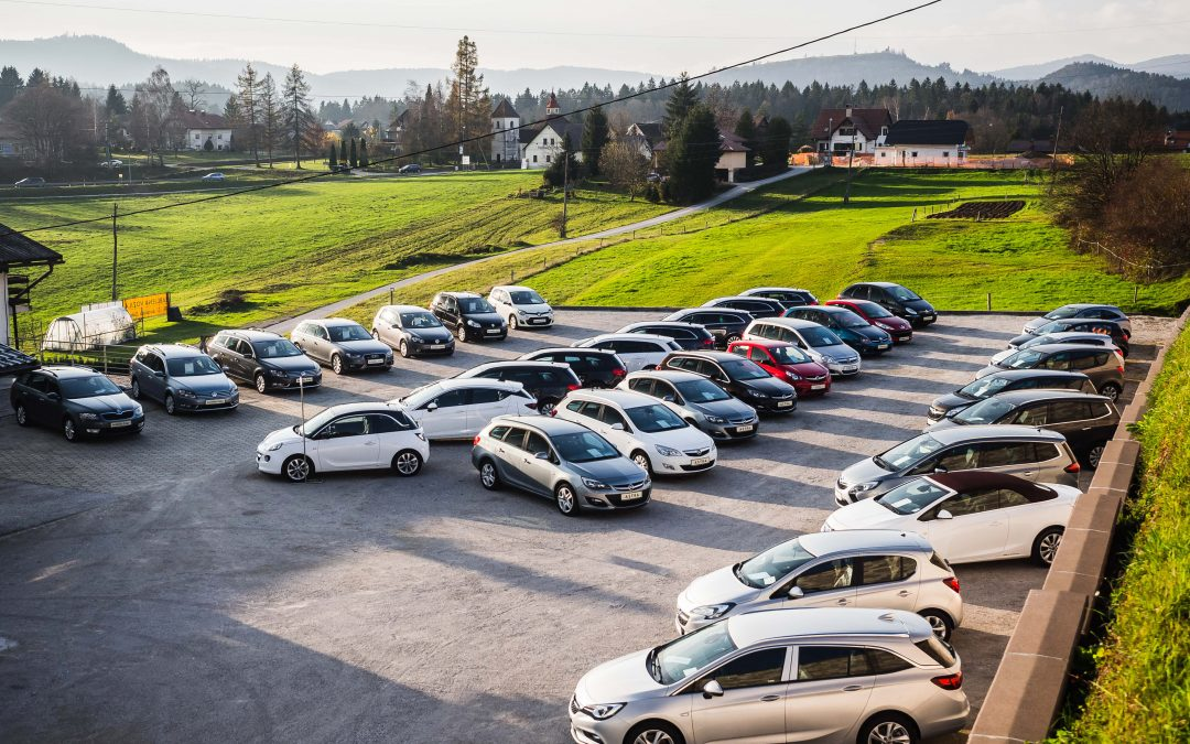 AVTOHIŠA ZALAR: Na kaj moramo paziti pri nakupu rabljenega avtomobila?