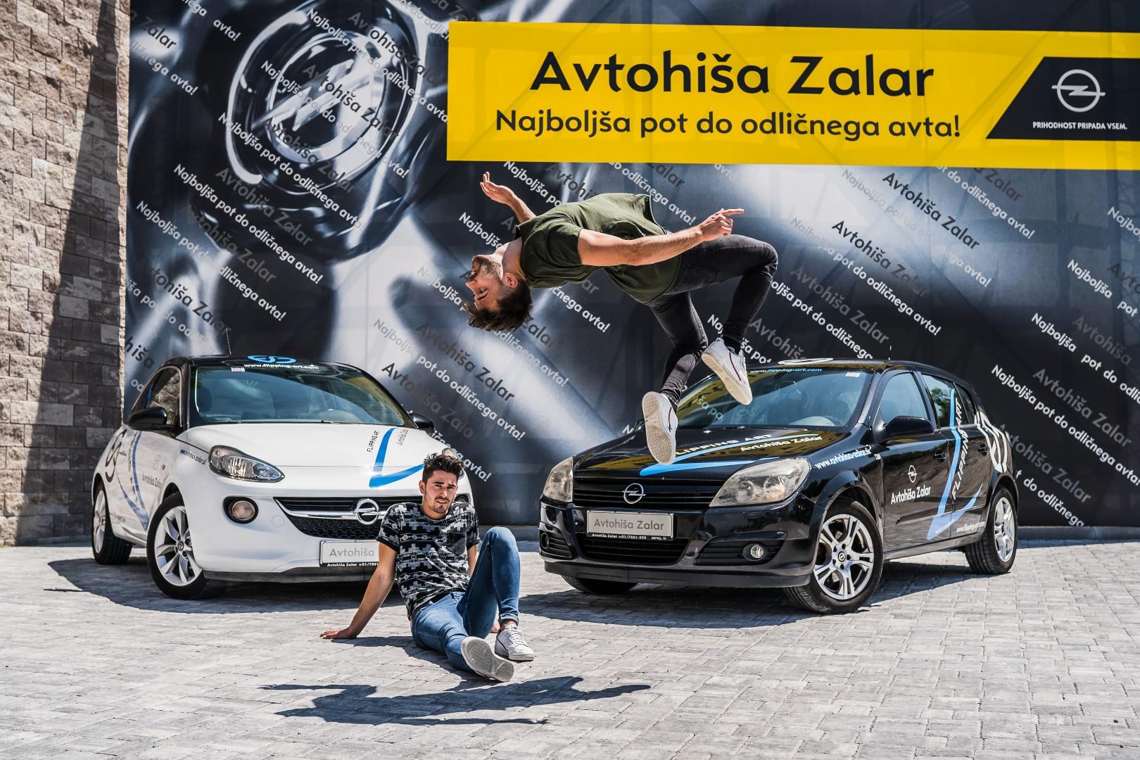 avtohisa-zalar-flipping-art-z-roko-v-roki-opel-adam-tim-nuc-luka-avgustin-simona-zalar-ciril-sponzorsko-vozilo (13)