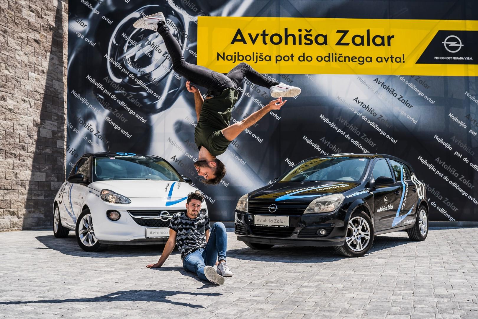 avtohisa-zalar-flipping-art-z-roko-v-roki-opel-adam-tim-nuc-luka-avgustin-simona-zalar-ciril-sponzorsko-vozilo (15)