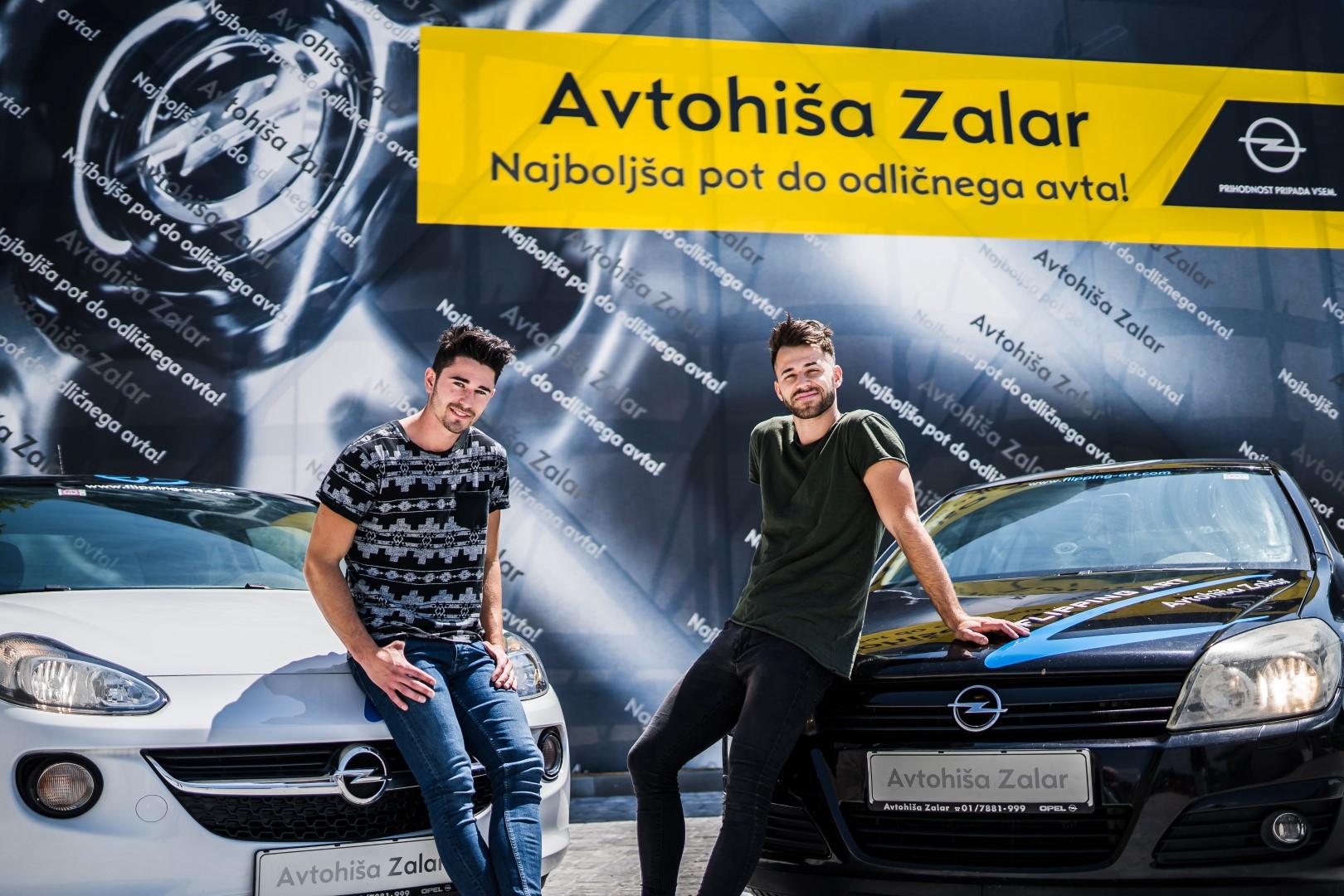 avtohisa-zalar-flipping-art-z-roko-v-roki-opel-adam-tim-nuc-luka-avgustin-simona-zalar-ciril-sponzorsko-vozilo (6)