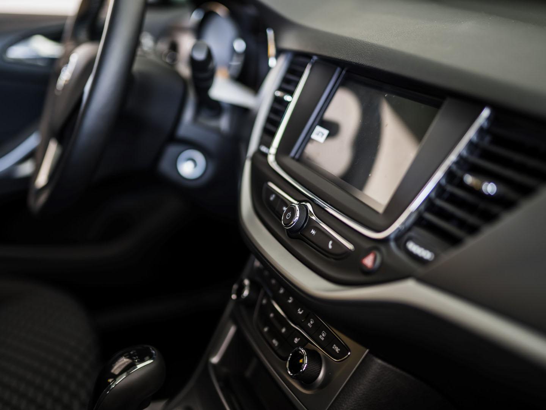 avtohisa-zalar-opel-nova-rabljena-vozila-avtomobili-servis-vzdrzevanje-zavarovanje-registracija-nakup-garancija-jamst (70)