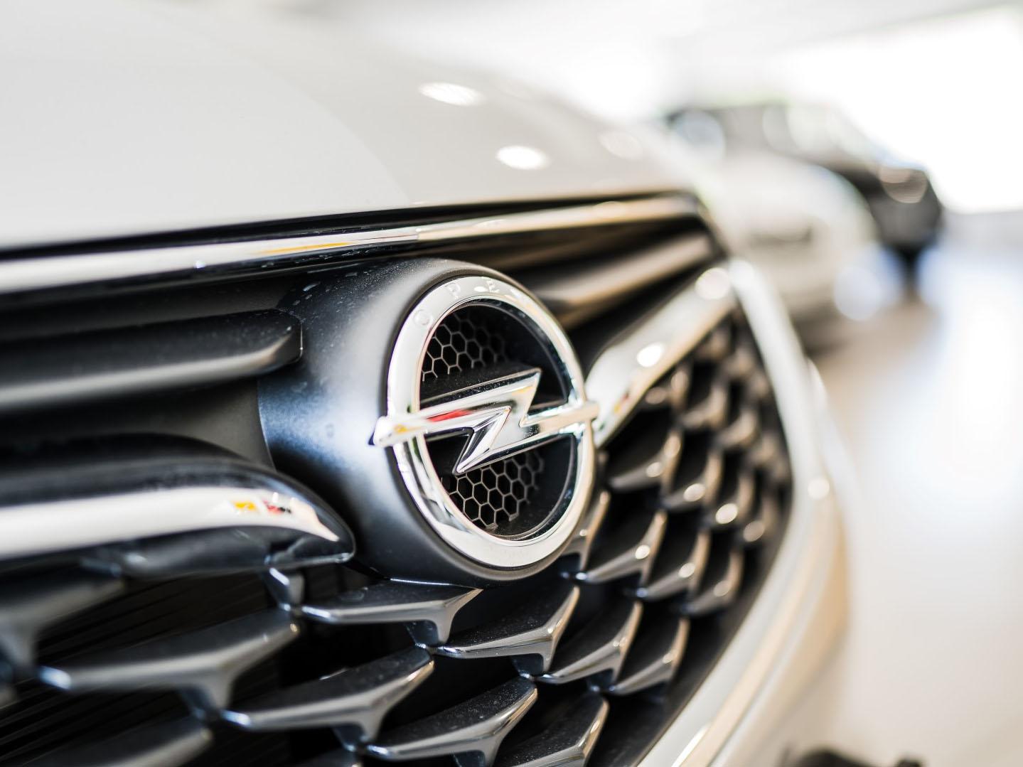 avtohisa-zalar-opel-nova-rabljena-vozila-avtomobili-servis-vzdrzevanje-zavarovanje-registracija-nakup-garancija-jamst (79)
