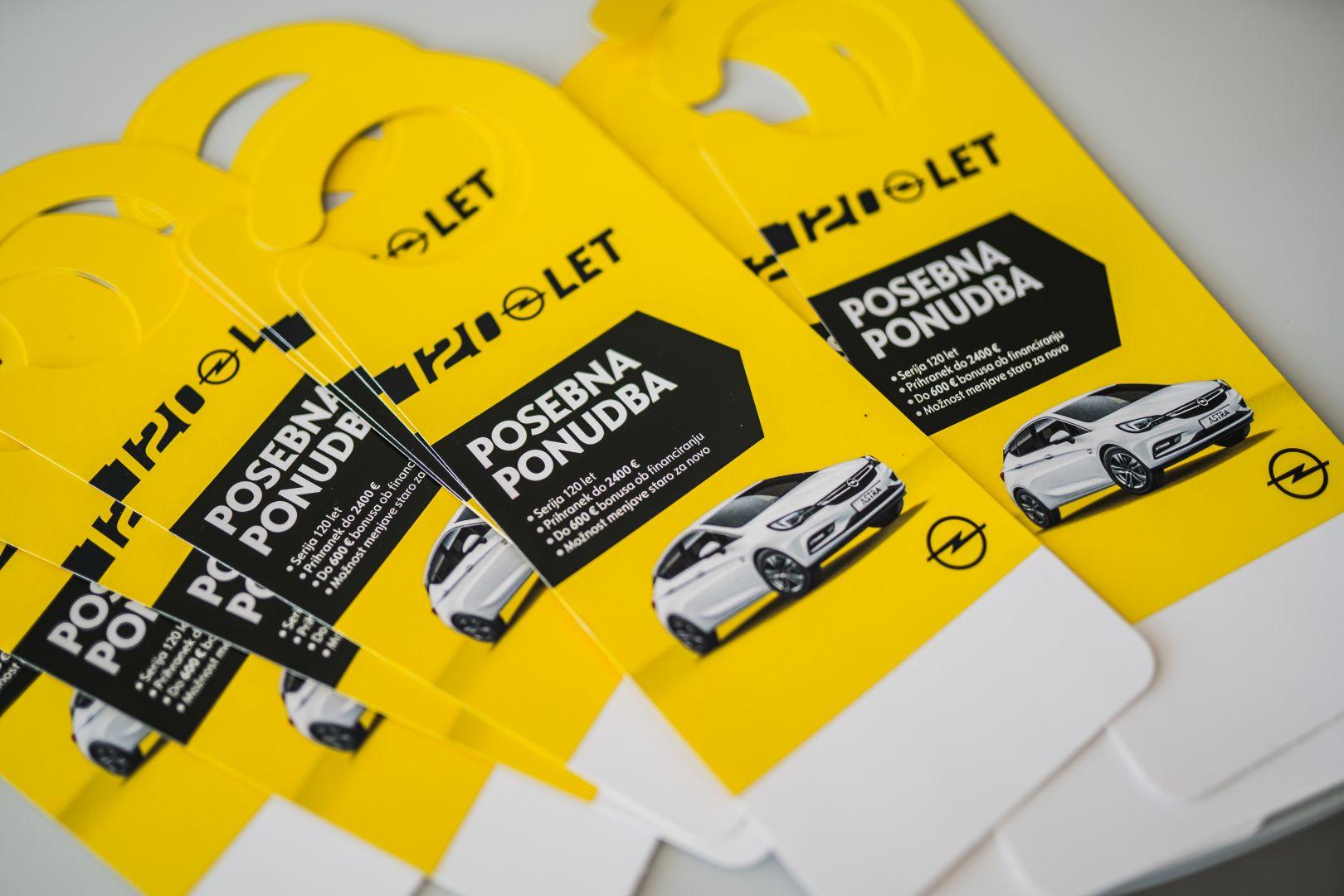 avtohisa-zalar-prodaja-novih-vozil-opel-120-let (1)