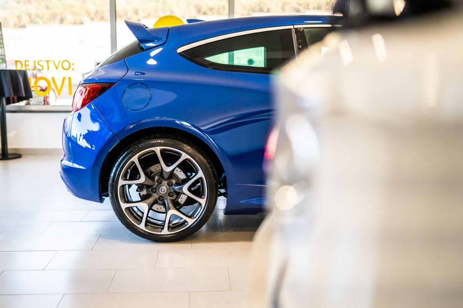 avtohisa-zalar-nova-rabljena-vozila-servis-prodaja-vzdrzevanje-zavarovanje-svetovanje (3)