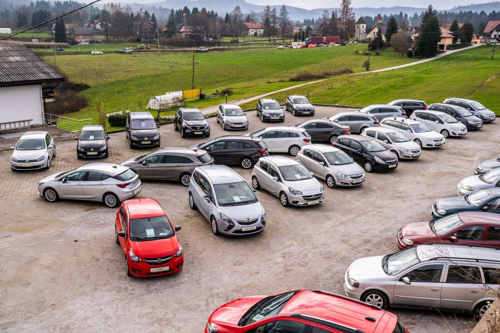 avtohisa-zalar-nova-rabljena-vozila-servis-prodaja-vzdrzevanje-zavarovanje-svetovanje (71)