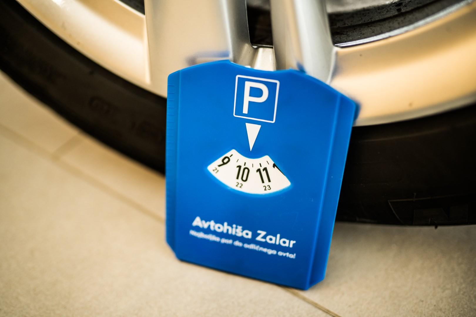 avtohisa-zalar-nakup-prodaja-vozil-astra-insignia-zavarovanje-servis (1)